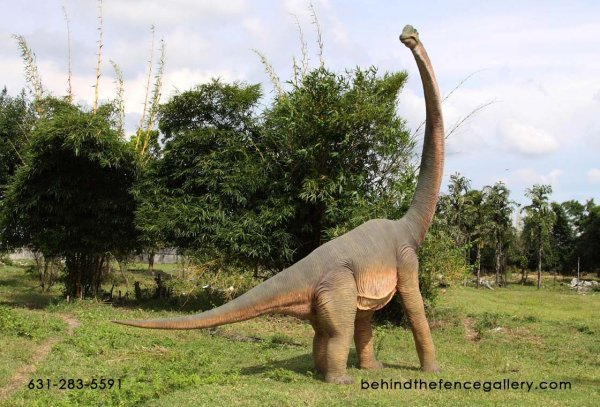 Brachiosaurus Statue with Head Turned