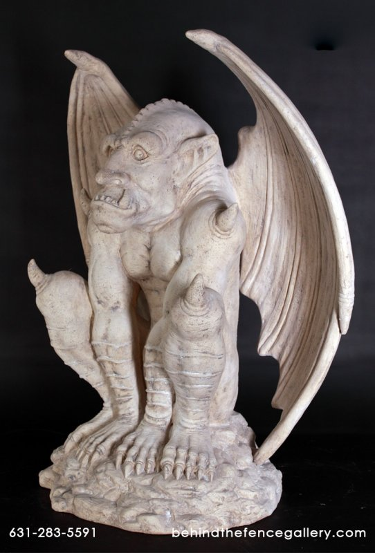Gargoyle Statue in Roman Stone Finish