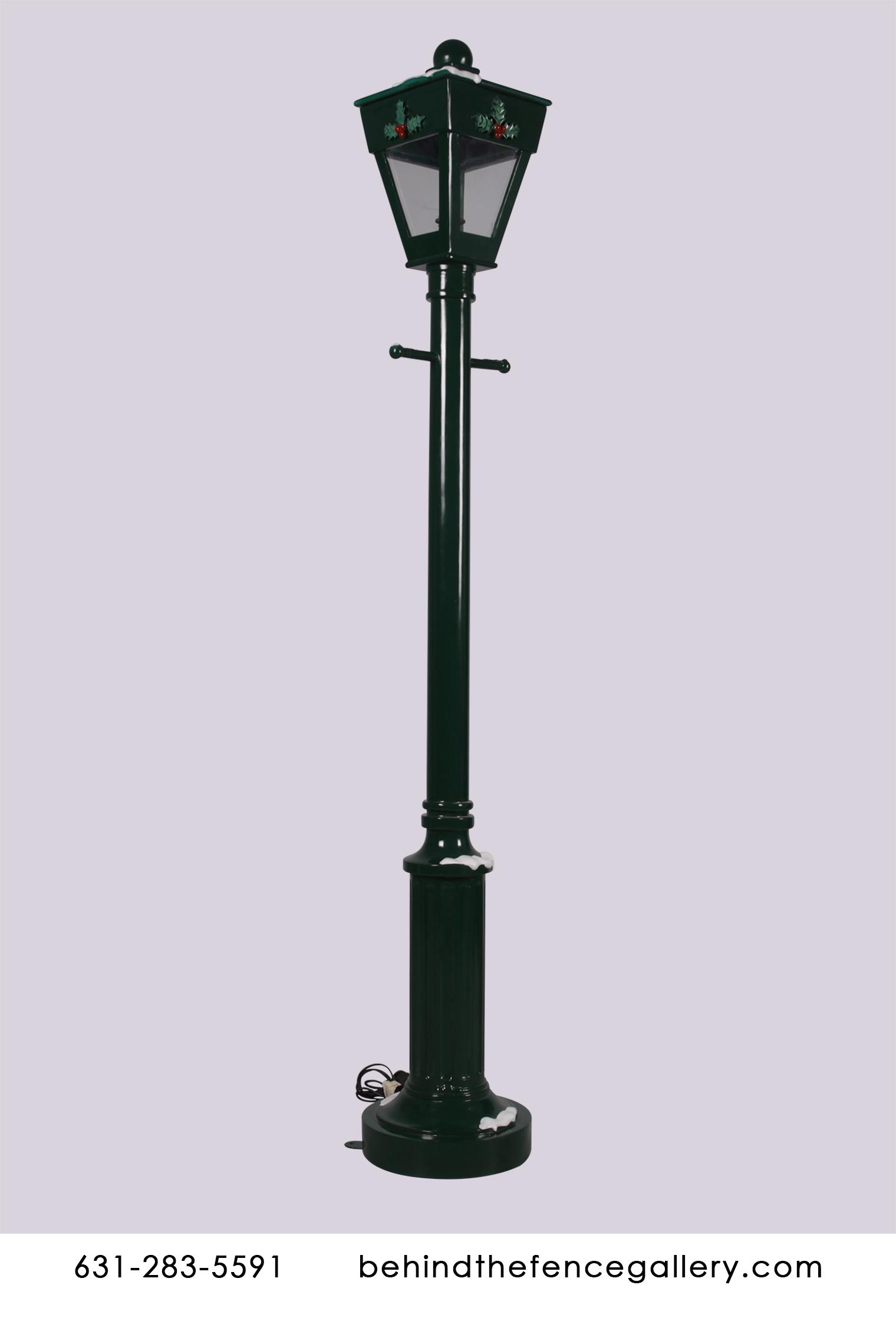 Victorian Era Light Up Street Lamp